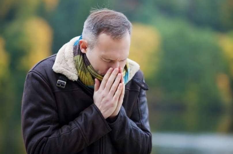 сколько живет в воздухе вирус коронавируса